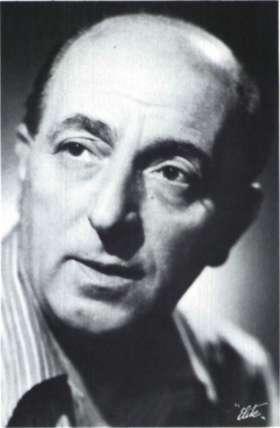 Ο ηθοποιός Βασίλης Λογοθετίδης (Αθήνα, Θεατρικό Μουσείο).