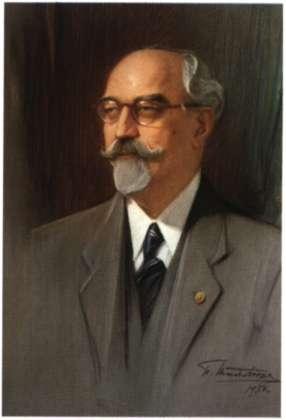 Γεώργιος Οικονόμος. Αρχαιολόγος, καθηγητής Πανεπιστημίου και ακαδημαϊκός. Έργο του Π. Μαθιόπουλου, 1950 (Συλλογή Ακαδημίας Αθηνών).
