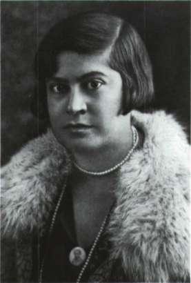 Μαριέττα Γιαννοπούλου-Μινώτου. Λογοτέχνης, ιστοριοδίφης και λαογράφος.
